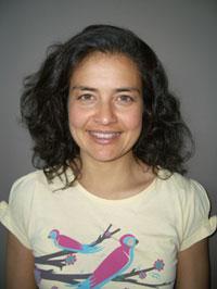 Neera Garga, B.Sc., Physiothérapie, est une physiothérapeute consultante pour la Société de Parkinson du Sud de l'Alberta