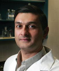 Dr Mandar Jog, directeur de la Clinique des troubles du mouvement au Centre des sciences de la santé de London